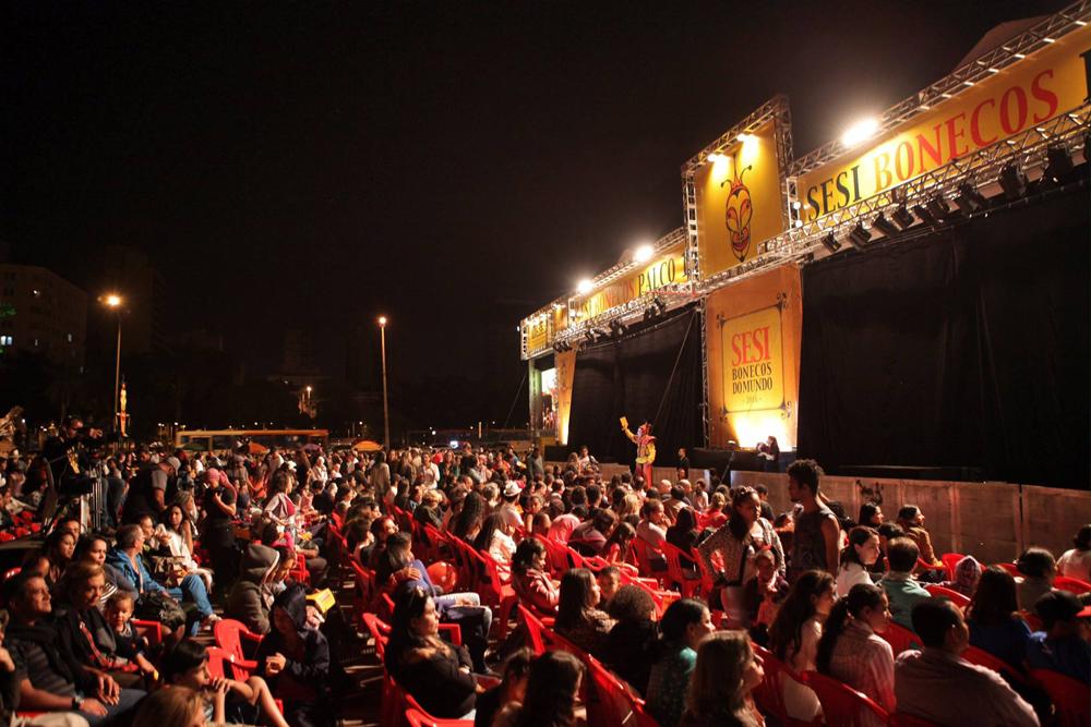 Bonecos do Mundo, projeto da Aliança Comunicação e Cultura, reúne cerca de 30 mil pessoas em Belo Horizonte