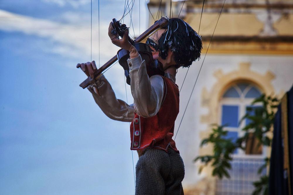 Bonecos do Mundo (Aliança Comunicação e Cultura) em Goiás Velho